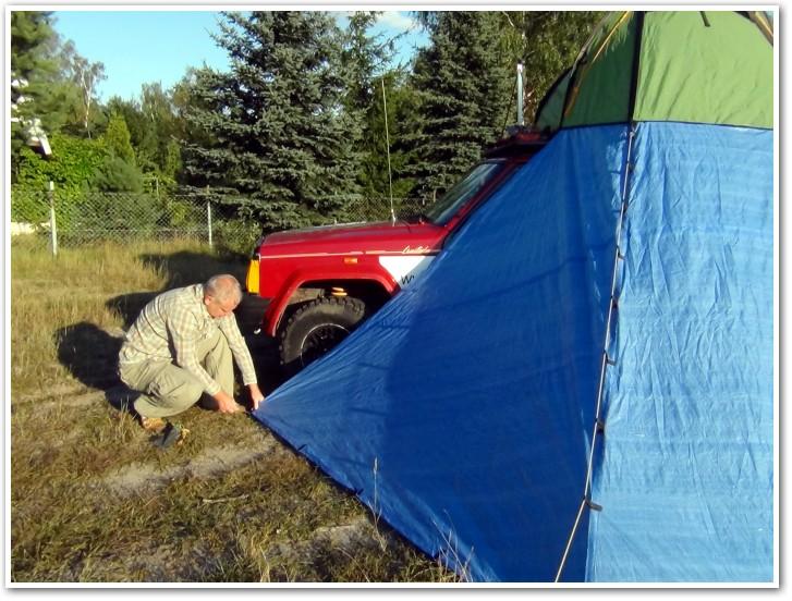 tani namiot dachowy własnej konstrukcji rozkładanie przedsionka 8