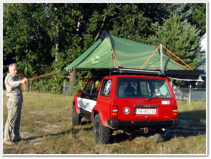 tani namiot dachowy własnej konstrukcji rozkładanie 12