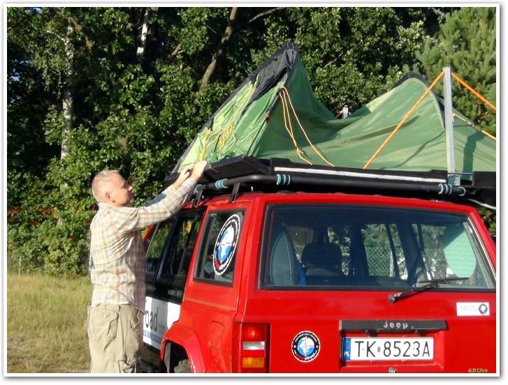 tani namiot dachowy własnej konstrukcji rozkładanie 11